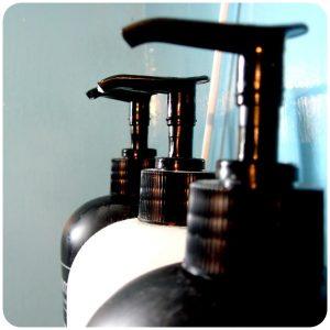 美容院のシャンプーって結構大きな問題です。